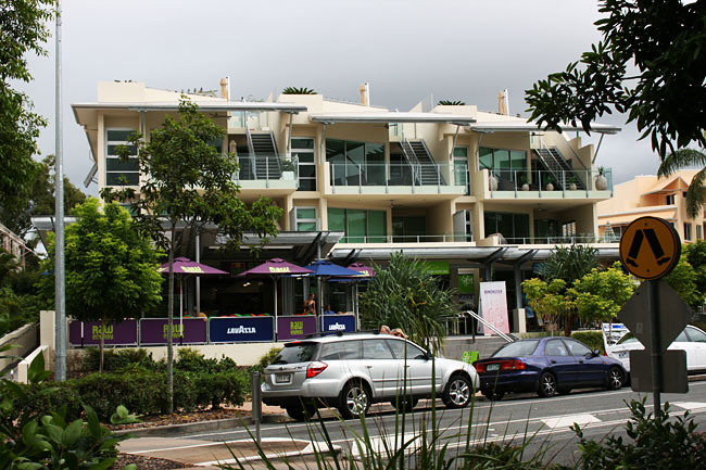 Noosaville Apartments and Shops